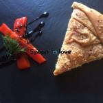 Τυρόπιτα με χωριάτικο φύλλο και κρέμα