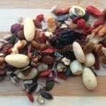 Τα οφέλη των ξηρών καρπών και αποξηραμένων φρούτων