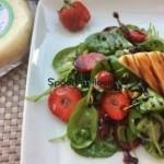 Σαλάτα με σπανάκι, φράουλες και τυρί Κατσικάκι Μαστέλο®